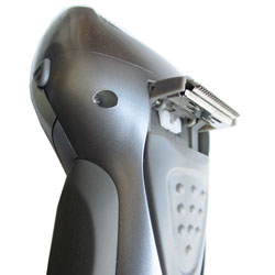 target rechargeable shaver